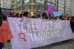 Feministler Tekel İşçileriyle Dayanışıyor/Şubat 2010