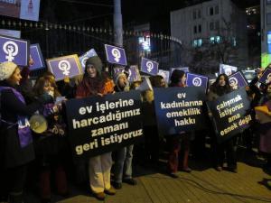 Erkeklerden Alacaklıyız ve Geleceğimizi istiyoruz/SFK-06 Ocak 2011