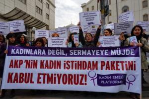 Kadın İstihdamı Yasa Tasarısı Kime Müjde? Kadın Emeği Platformu İTO Önünde Eylemde!/ 22 Kasım 2013